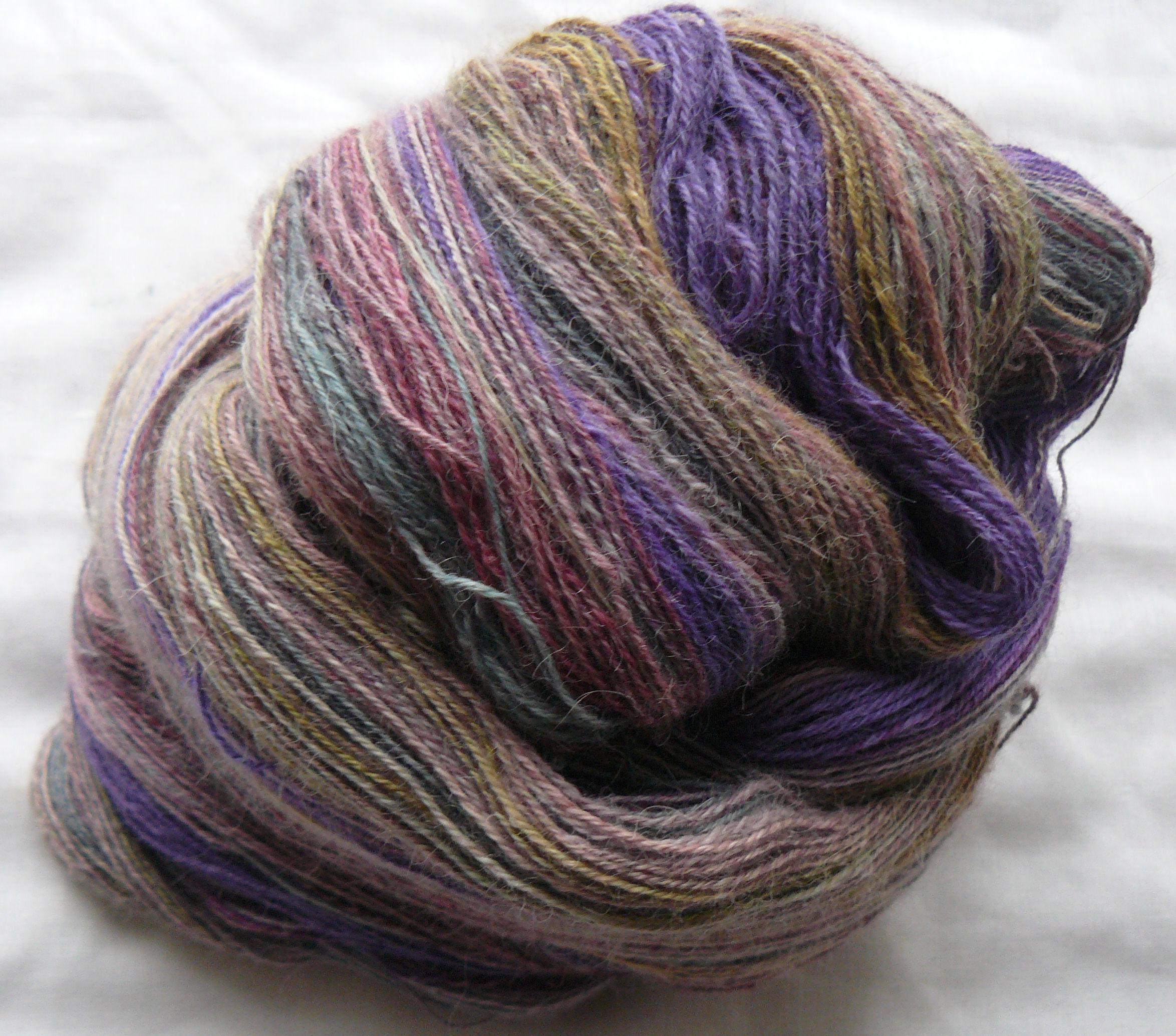 Færdigt tvundet 3-trådet Alpakka Lace